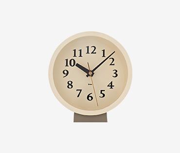 Wood clock minimalist